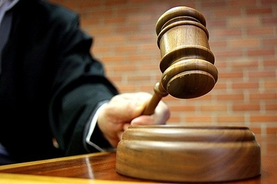 """Suspensión de audiencia """"perjudica"""" a médico de avanzada edad, lamenta abogado"""