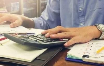 HOY / MIPYMES, en apuros: legajo en Informconf impide a miles acceder a créditos