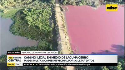 Camino ilegal en medio de Laguna Cerro