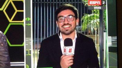 Periodista paraguayo debuta en cadena internacional y relator kurepa se burla de él