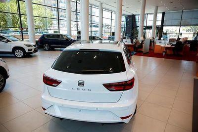 Las ventas de automóviles caerán este año un 20 % por COVID-19, según S&P Global