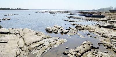 Río Paraguay sigue bajando: apenas 14 cm en Asunción