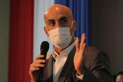 Mazzoleni sostiene que Abdo no debe realizarse el test ni guardar cuarentena tras contacto con Lilian Samaniego