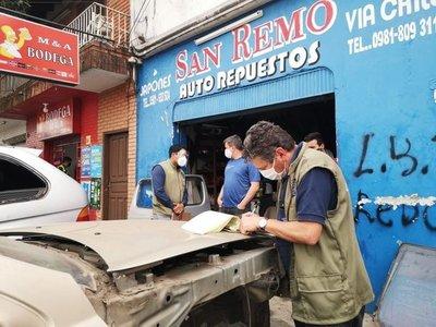 Empresarios aplauden despeje de veredas en área públicas · Radio Monumental 1080 AM