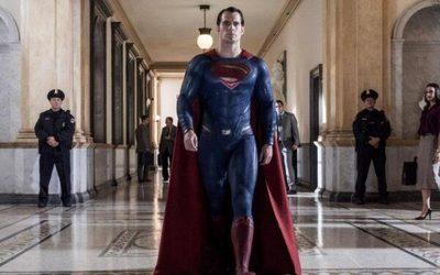 Henry Cavill firma contrato para más películas de Superman