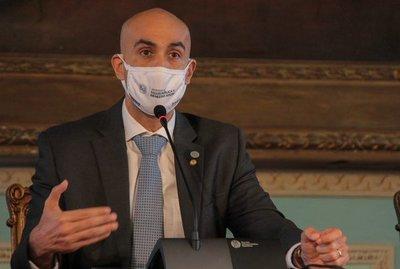 IMEDIC: Se aplicó la máxima sanción sin perjuicio de que DINAVISA pueda ordenar el cierre, dice ministro