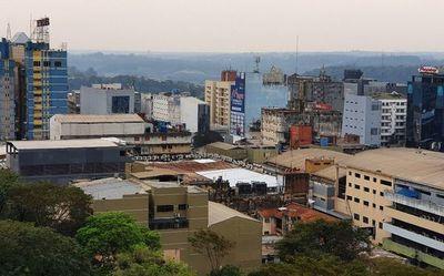 Pico en CDE ya pasó y a nivel país descenso de casos se daría en noviembre, según Sequera