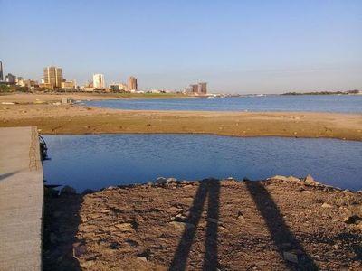 Nivel del Río Paraguay sigue bajando, en Asunción se registra sólo 14 cm