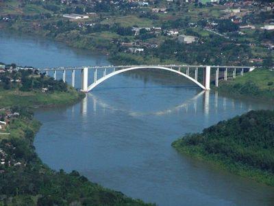 Presentan a Salud Pública proyecto de apertura parcial y temporal del puente de la Amistad