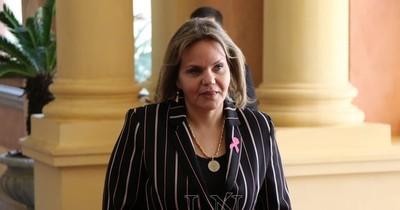 La Nación / Político de la semana: Lilian Samaniego y su fórmula mágica para blindar negociados
