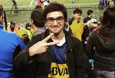 """Hinchas de Boca """"adoran"""" a Edgar"""