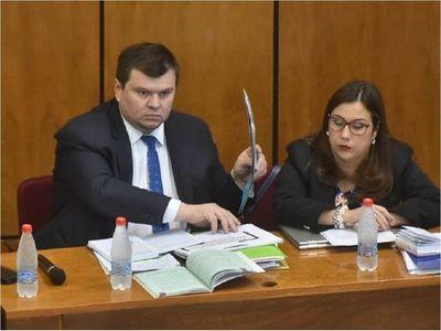 Dionisio Amarilla urge a la CSJ resolver acción para volver al Senado