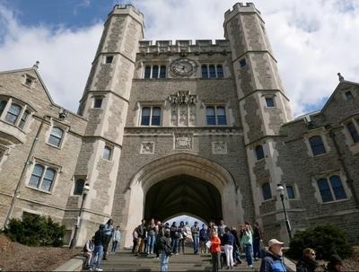 """Investigan a la Universidad de Princeton tras admitir un """"racismo sistémico"""""""