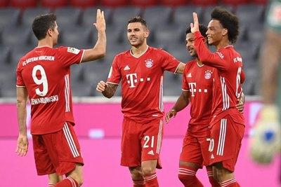 Bayern Múnich destroza al Schalke con un 8-0 en el inicio de la Bundesliga