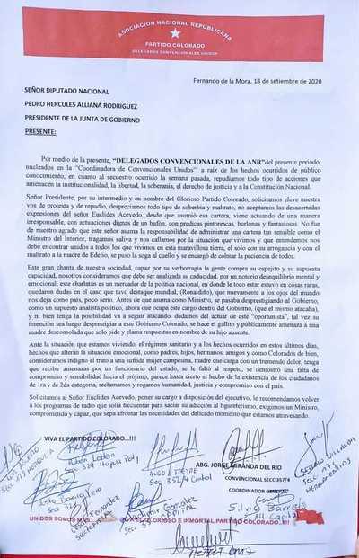 """Coordinadora colorada de """"Convencionales Unidos"""" pide a Acevedo que ponga su cargo a disposición"""