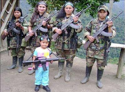 """FARC dice que niñas secuestradas y violadas se unieron """"voluntariamente"""""""