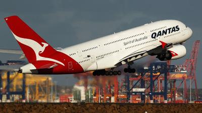 Aerolínea ofrece vuelos a la Antártida por crisis económica