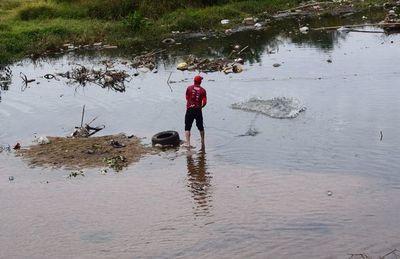 Arroyos Yukyry e Itay son utilizados como depósitos de basuras y cloacas