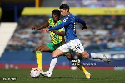 Everton vuelve a ganar en el estreno goleador de James