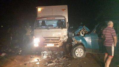 Brutal encontronazo deja un fallecido en Santa Rosa del Aguaray