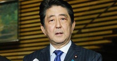 La Nación / Exprimer ministro de Japón, Shinzo Abe, visitó polémico santuario
