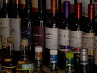 Por crisis, el vino le hace 6-0 a la cerveza, dicen
