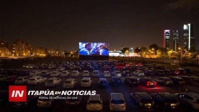 PROYECTAN EL PRIMER «AUTOCINE» PARA ENCARNACIÓN