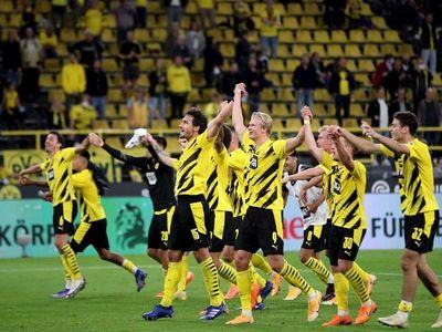 El Dortmund golea al Gladbach con doblete de Haaland