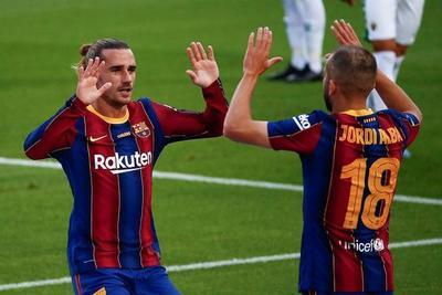 Griezmann decide para un Barcelona que fue de menos a más
