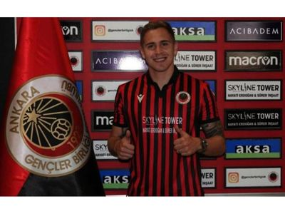 Piris Da Motta debutó en el fútbol turco