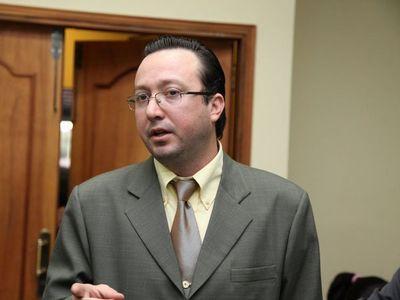 Para ex juez, Fiscalía no progresará en lucha al EPP con Quiñónez al frente