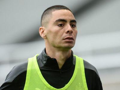 Newcastle cayó de local con Almirón como recambio