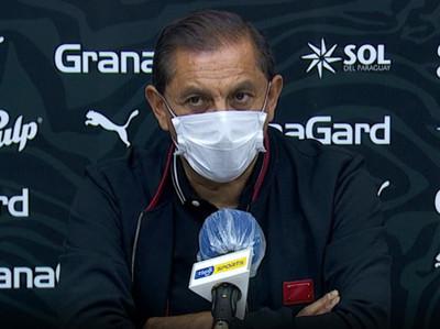Conferencia de prensa de Ramón Díaz