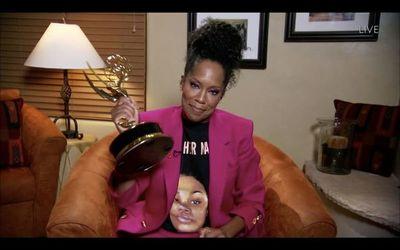 "Miniserie racial ""Watchmen"" triunfa en Emmys virtuales"