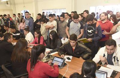 Desempleo y subocupación afectan a unos 376.092 jóvenes en nuestro país