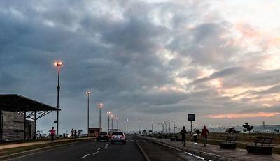 Lunes frío a cálido con precipitaciones dispersas, anuncia Meteorología