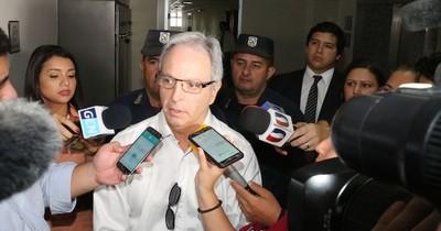 La Nación / Suspenden juicio oral y público de Justo Cárdenas, expresidente del Indert