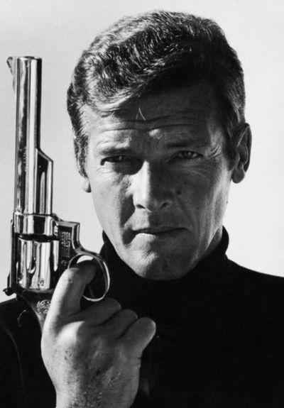 Policía británica busca a ladrones de cinco armas de James Bond