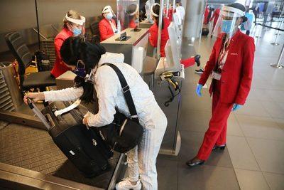 Colombia reanuda los vuelos internacionales tras una suspensión de casi seis meses