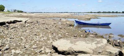 El río Paraguay tiene apenas seis centímetros en Asunción