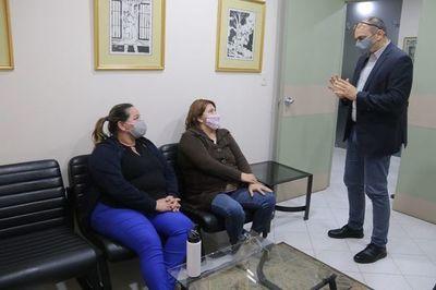Paciente oncológica de Salud Pública recibe tratamiento en Codas Thompson
