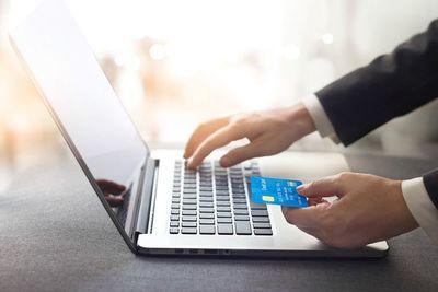 Confinamiento potenció uso de medio de pagos, pese a limitaciones a tarjetas y comisiones
