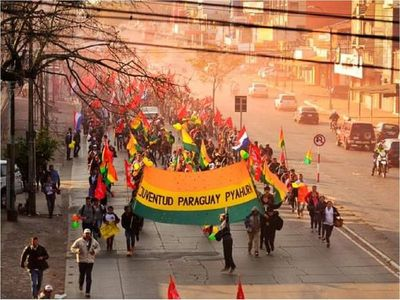 Paraguay Pyahurã hace llamado a jóvenes para luchar por tierra, trabajo y educación