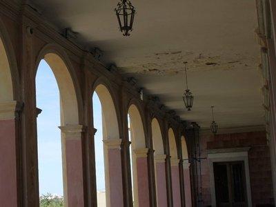 Firman contrato para la restauración del Palacio de López