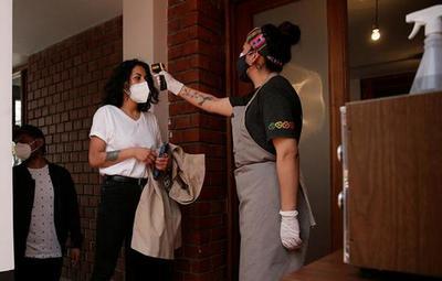 Bolivia reporta una gran disminución de casos luego de meses