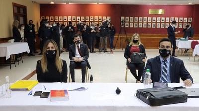 Fiscales piden al Tribunal que juicio oral prosiga para González Daher, Fernández Lippman, Carmelo Caballero