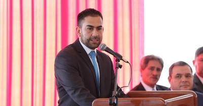 La Nación / Ministro de la Juventud lamenta ninguneo por el titular del MEC