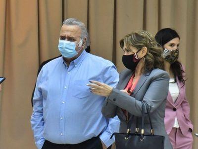 Juicio para OGD se suspendió por Covid de ex senador Oviedo