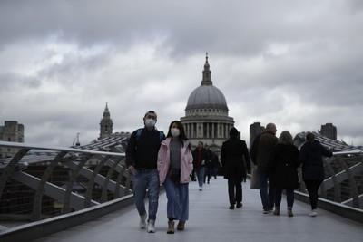 El Gobierno británico recomienda teletrabajar ante nueva ola del coronavirus
