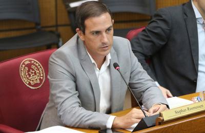 Rasmussen dice que vuelta de Payo y Dionisio sería «atropello a institucionalidad»